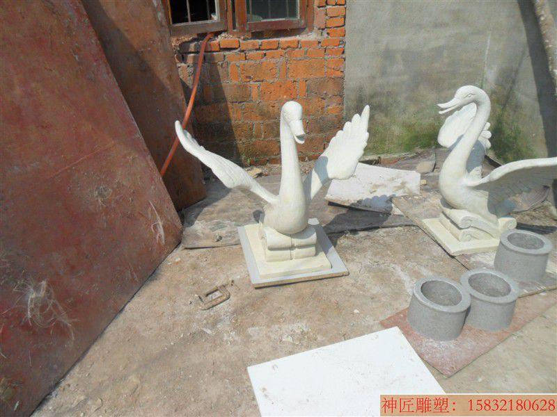 玻璃钢天鹅雕塑 喷水天鹅雕塑